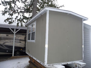 ICE HUT 6'6 X 10FT. ON TEFLON SKIS
