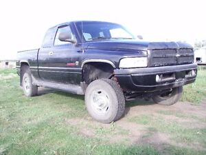 1998 Dodge Power Ram 2500 Sport Pickup Truck, V10, Auto