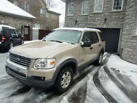 2006 Ford Explorer XLT 4X4 , sieges en CUIR,