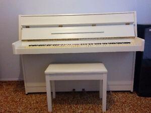Piano Athena