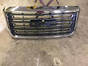 2014-2016 GMC Sierra 2500 Grille and Grille support
