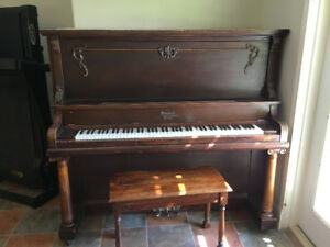 Steinbeck upright piano