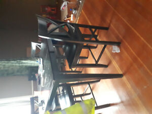 Bar hight table with 8 chairs
