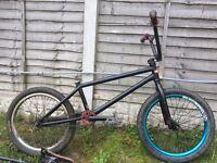 "Custom United mothership 21"" bmx bike and loads of parts job lot"