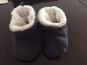 Baby booties / slippers - 12-18 months