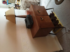 online garage sale, vingtage coffee tables,ladder, bench, chairs