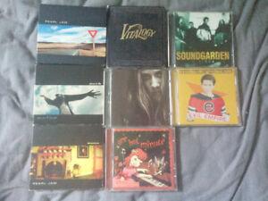 8 CDS Pearl Jam etc.+ Pearl Jam Shirt