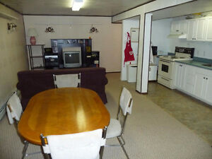 1 Bdr Basement suite downtown, fully furnished & equipped