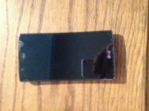 BrAnd New LG smart cell phone Works and in good condition