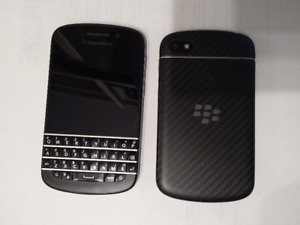 Blackberry Q10 for Sale! Good Condition and Unlocked