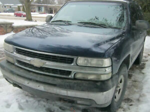 2002 Chevrolet Tahoe L S- Parts, Crossover