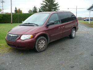 2007 Chrysler Town & Country Familiale