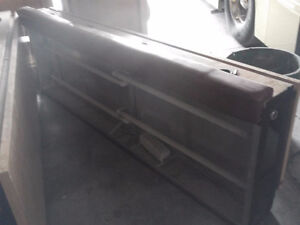 PORTABLE MEDIA TABLE WITH PLEXI FRONT FOR ADVERTISING London Ontario image 3