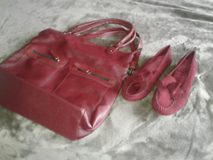 New ladies red hand bag