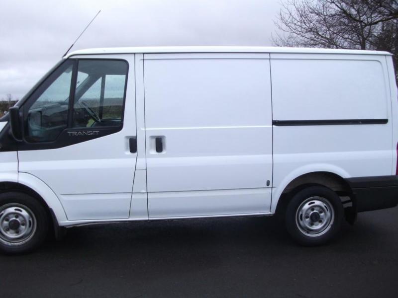 Ford Transit 300 FWD 2.2 TDCi Over £1000 internal shelving Bennett Van Sal