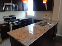 GEORGEOUS STUDENT HOUSE 5BED/2BATH LOCATED IN TRENDY DOWNTOWN