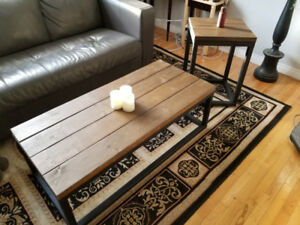Handcrafted coffee and end table for sale.