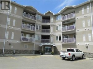 3 Bedrooms Condo For RENT
