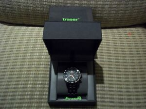 Traser H3 T25 Classic Chronograph Big Date Watch PVD-Coated Band Oakville / Halton Region Toronto (GTA) image 6