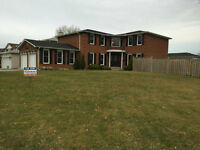 SPACIOUS 2 STOREY WITH  POOL IN MISSISSAUGA - 1896 OWLSNEST LANE