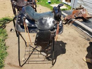 """Western saddle - 15"""" seat"""