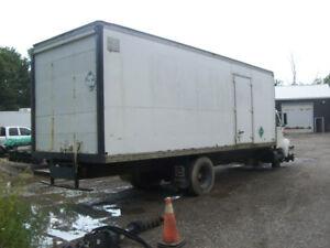 1998 International 4700 Series - parts truck