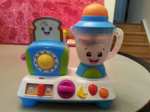 BRIGHT STARTS Giggling Gourmet Rise 'n Dine Busy Cafe Toy