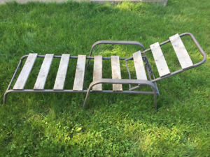 WOODEN LOUNGE OUTDOOR CHAIR