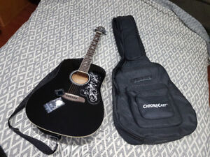 New acoustic Guitar / Case/ Tuner /Picks