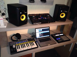 Building a home studio for recording music Downtown-West End Greater Vancouver Area image 1