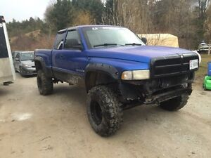 1998 lifted Dodge Ram