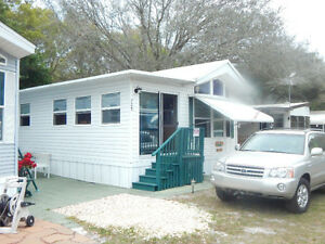Park model Mobile home for rent/option to buy/pet friendly/Largo
