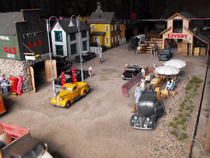 N scale train and assesories wanted