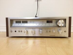 A vendre : Vintage PIONEER SX-580 AM/FM STEREO RECEIVE