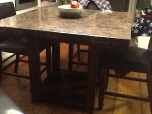 Marble pub style table/chairs