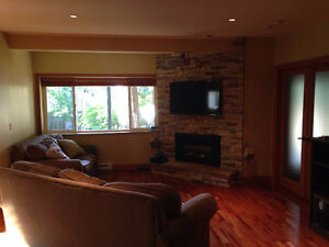 $2500(ORCA_REF#993C)Ground level Suite 1300sq/ft Furnished 2 bed North Shore Greater Vancouver Area image 4