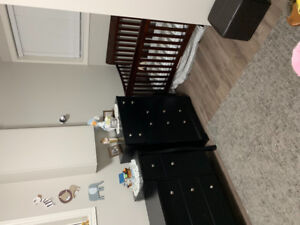 2 bedroom lower apartment $1300 ALL INCLUSIVE!