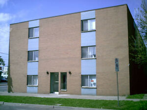 Large, all inclusive one bedroom apartment. Downtown Windsor