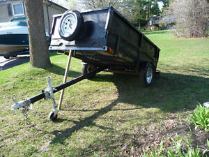 UTILITY TRAILER  HAS DUMP / TILT FEATURE