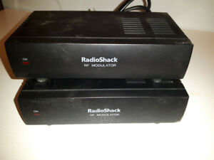 Radio Shack RF Modulator to Connect Video Game VCR DVD to Old TV