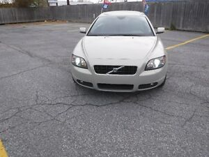 2006 Volvo C70 T5Coupe (2 door) CONVERTIBLE ,MINT CONDITION,
