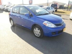 2009 Nissan Versa 1.8 S Hatchback Peterborough Peterborough Area image 8