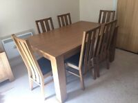 Oak Veneer Extendable Dining Table (+6 Chairs)