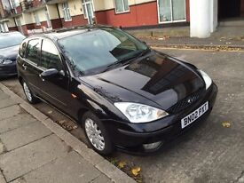 FORD FOCUS GHIA 2002!! LONG MOT!!