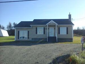 Grande maison à louer, au 2709 rte 132 Est, St Ulric, Qc