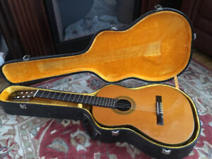 e3d46eb86f Classical Guitar Case | Kijiji in Ontario. - Buy, Sell & Save with ...