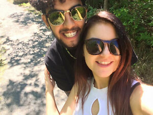 Couple looking for apartment to rent/ 1-2 roomates