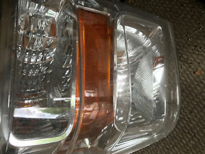 2008 to 2010 F 350 F 250 HEADLAMPS CLEAN