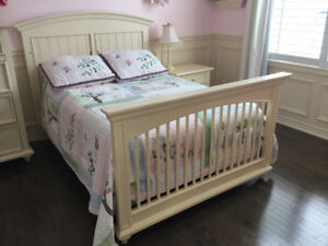 Young America Solid Wood 4 Piece Bedset