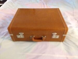 Vintage Carson Tan Leather Suitcase